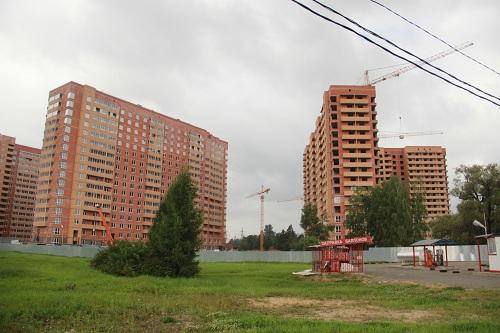 devushki-video-bez-trusikov-pod-yubkoy